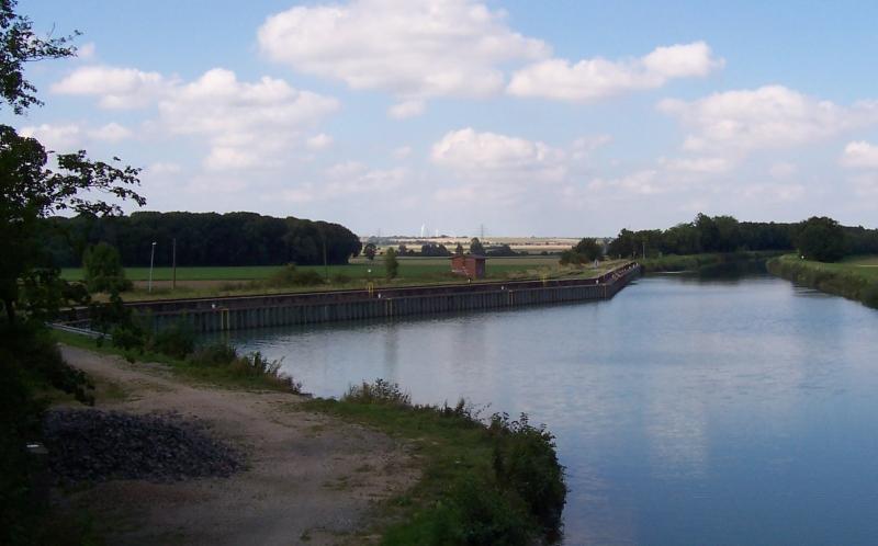Ungenutzte Hafenanlage am Hildesheimer Stichkanal bei Harsum
