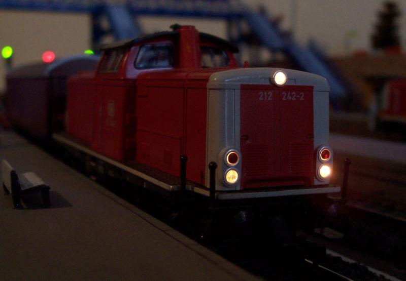 Diesellok 212 242 (von Fleischmann) in Bettbergen