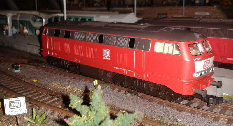 Diesellok der Baureihe 218 in Bettbergen