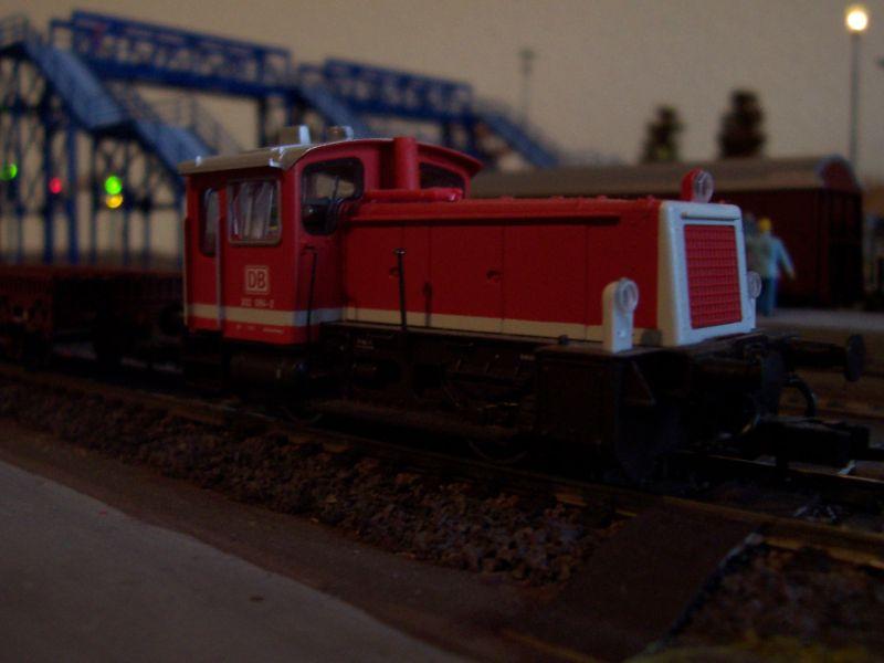 Die zweiachsige Rangierlok (Baureihe 332) ist besonders anfällig für unterbrochene Stromaufnahme