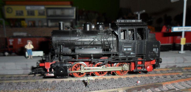 Dampflok 89 005 im Bahnhof Bettbergen