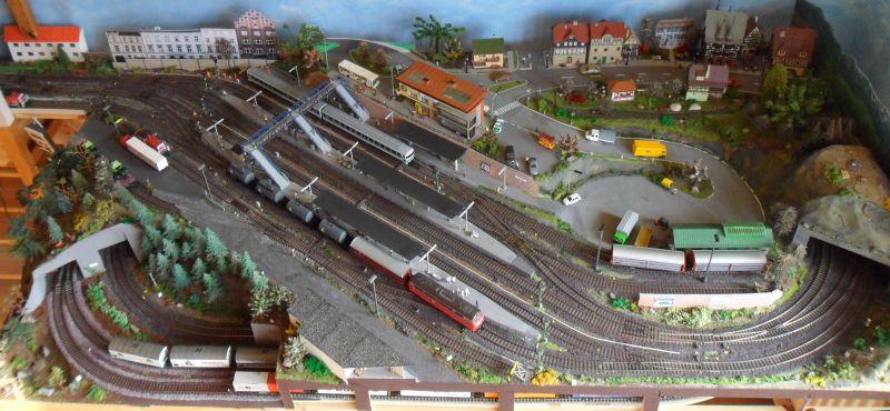 Aktueller Überblick über das gesamte Bahnhofsmodul