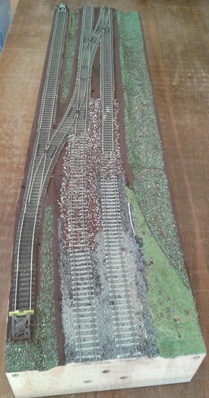 Modellbahnmodul der Ausweichanschlussstelle im Rohbau fertig