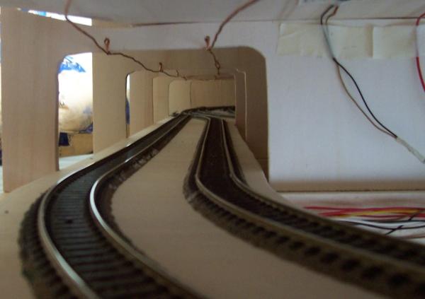 Gleisanlagen im Schattenbahnhof aus Sicht des Lokführers