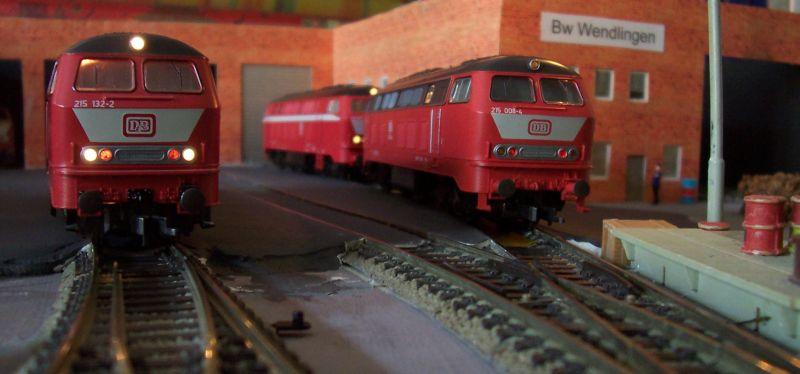 Dieselloks der Baureihe 215 im Bw Wendlingen