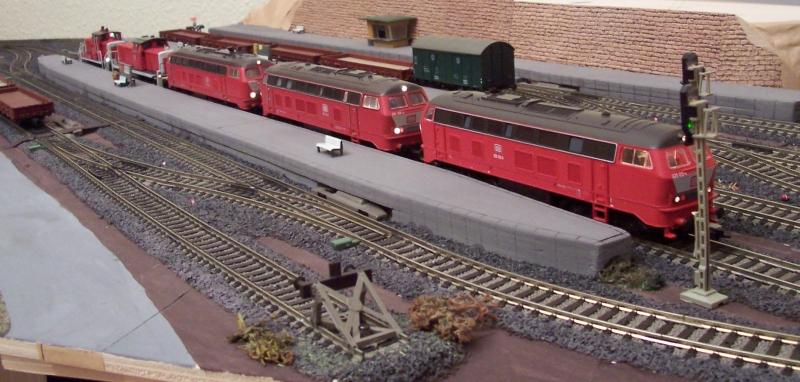 Lokomotiven auf der Modelleisenbahnanlage