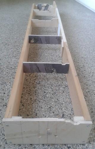 Modulkasten aus vorhandenen Holzresten mit eingezogenen Spanten
