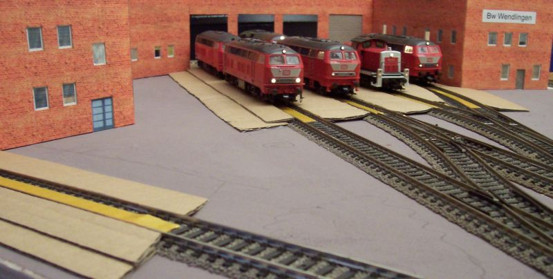 Diesellok im Betriebswerk Wendlingen