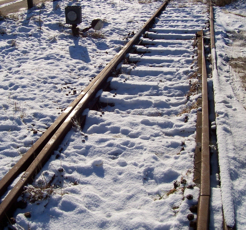 Unterbrochene Weichenzunge in Flensburg (Februar 2009)